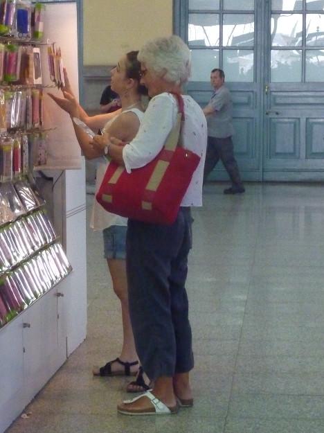 de compras en la estación